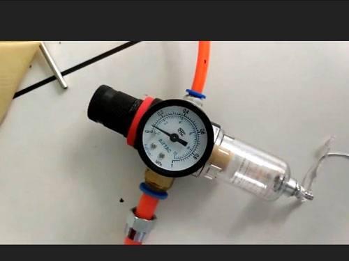 Nitrogen charging equipment for waterproof experiment